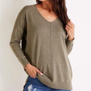 Charlotte Russe Pullover Tunic Sweater in Olive